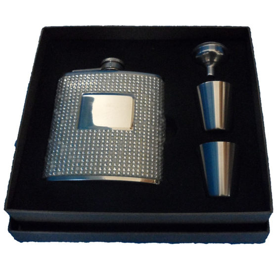 Picture of Diamante & Pearl Hip Flask 6oz